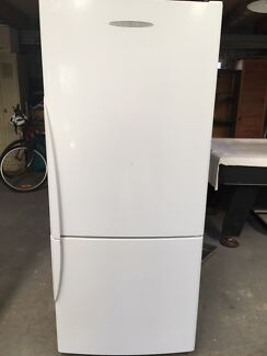 Fisher & Paykel 400lt Fridge/Freezer. Delivered.  Wyong Wyong Area Preview