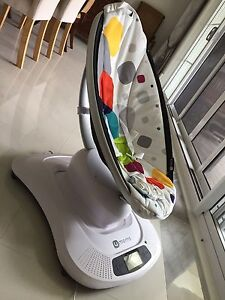 4Moms mamaroo  like brand new St Ives Ku-ring-gai Area Preview