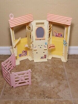Mattel Barbie Styling Horse Stable Set with Foal and Accessories
