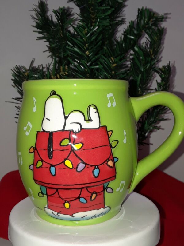 Peanuts 2013 Snoopy Christmas Mug By Schulz