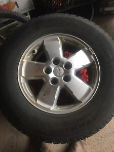 Snow tires for ford Escape brand new condition alloy wheels