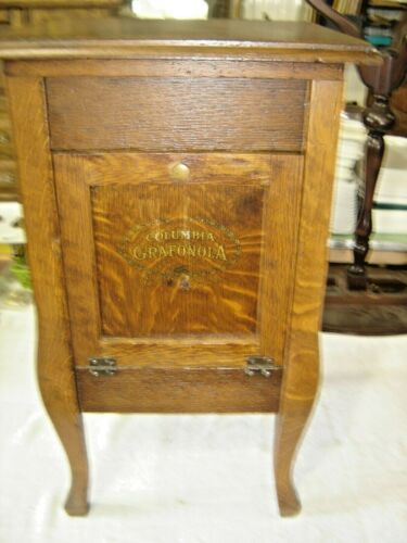 Antique Quarter-Sawn Oak Grafonola Stand ~ finished on all four sides. 1306