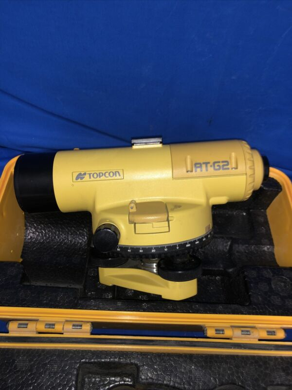 Topcon AT-G2 Automatic Level W/ Case