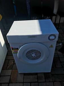 Fisher&paykel Aerodry 4kg dryer Stanhope Gardens Blacktown Area Preview