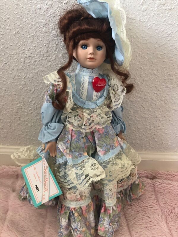 Mary Sweetheart Dynasty Doll Collection In Pretty Blue Dress And Hat