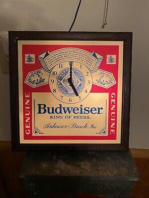 Vintage Budweiser Anheuser-Busch King Of Beers Clydesdale Lighted Bar Clock Sign