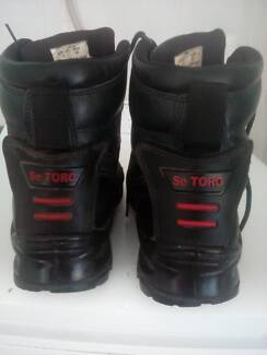 Se toro steel cap boots as new