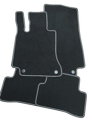 Fußmatten für Mercedes GLA X156 Velours Deluxe schwarz Nubukband Unterband weiß