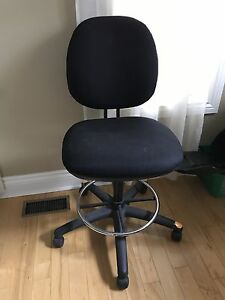 Office / drafting chair -LIKE NEW