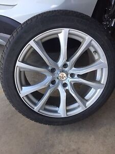 "18"" alloy wheels and Michelin snow tires"
