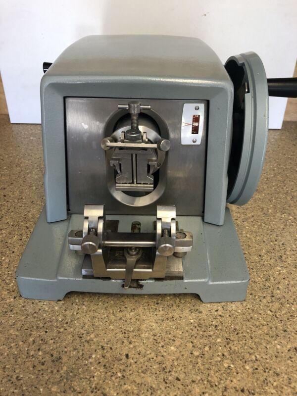 American Optical A.O. 820 Microtome Lab-Tek Spencer