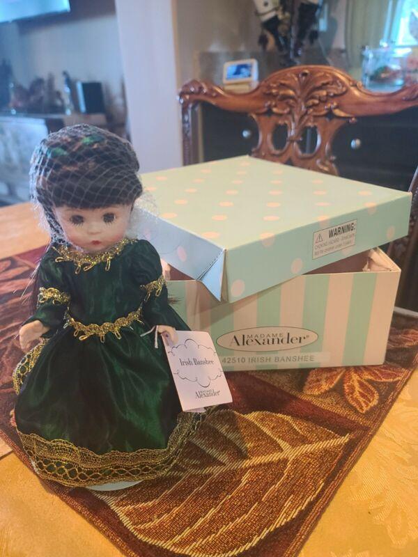 Madame Alexander Irish Banshee - #42510 in Box w/stand HTF NEW!