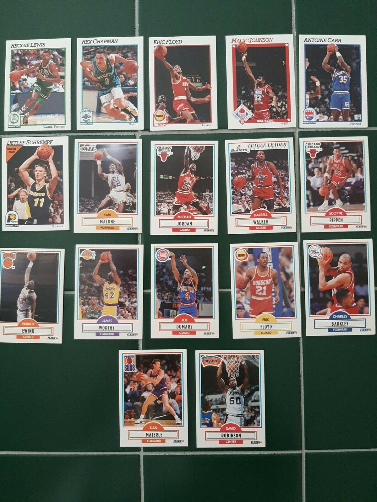 NBA HOOPS AND FLEER BASKETBALL CARDS LOT OF 17 Malone Pippen Barkley Magic  - $12.50