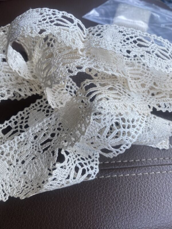 """92"""" Antique French Ecru Thick Lace Trim, Edging, Doll Crocheted Old Scalloped"""