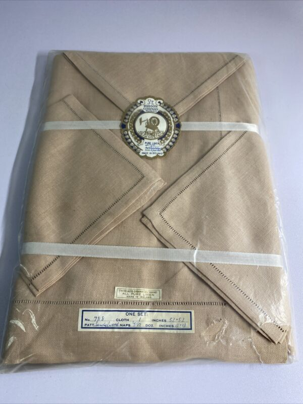 J.L Hudson Company Detroit Pure Irish Linen Table Cloth And 4 Napkins Set NOS