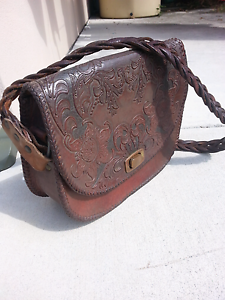 Retro 1970's genuine leather handbag Jamboree Heights Brisbane South West Preview