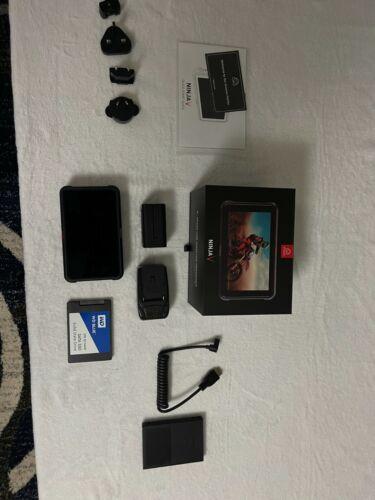 """Atomos Ninja V 5"""" 4K HDMI Recording Monitor + WD Blue 3D NAND 1 TB SSD"""