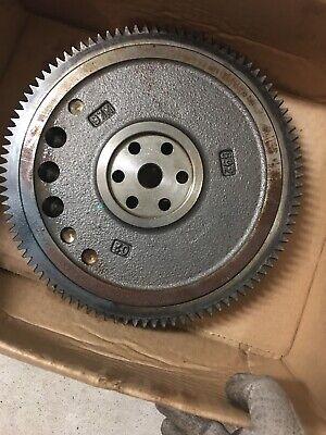 Kubota Oem V1505d1105 D1105 D902 Diesel Engine Flywheel 16692-25017