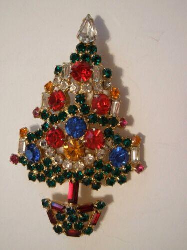 Rare  Old  Rhinestone  Christmas  Tree  Pin  - Signed   WARNER