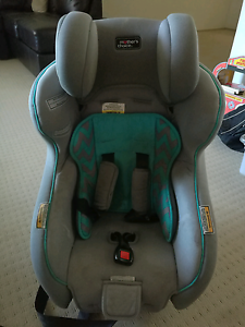 Childcare car seat 0-4 years old Warabrook Newcastle Area Preview