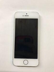 iPhone 5s 16 GB locked