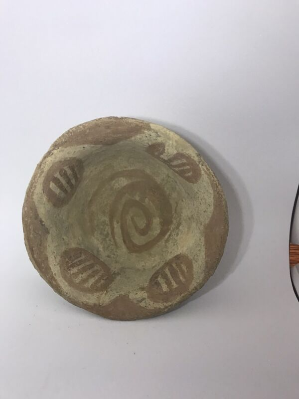 1 3/4 Inch Quawpaw  Pottery Bowl Effigy Solid Dale Betty Roberts Missouri