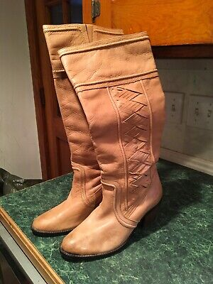 Fossil Women's Tan Leather Stacked Heel Tall Pull-On Boots Size 9.5 Leather Pull On Heels