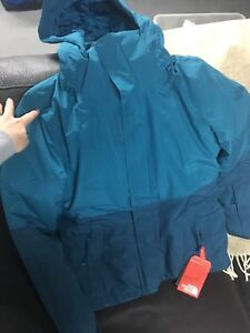 NORTH FACE, SIZE SMALL, Tags still on - PRICE REDUCED AGAIN