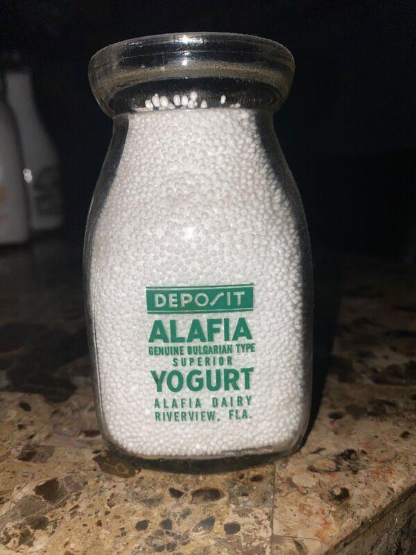 Alafia Dairy Pyro Florida Half Pint Yogurt Bottle Riverview, FLA.
