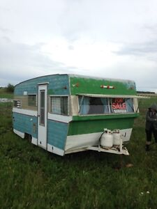 Travel trailer for fix or parts $800 obo or trade