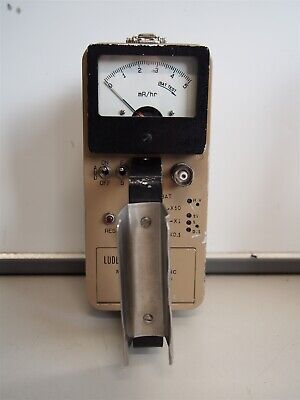 Ludlum Model 2 Geiger Counter Survey Meter