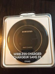 Brand new Samsung wireless fast charge stand