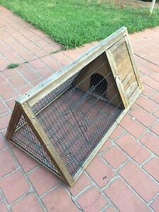 Rabbit cage 1.20mx60cm Green Valley Liverpool Area Preview