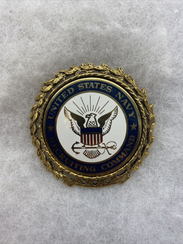 US Navy Recruiting Command Badge Post Vietnam (VB2760