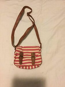 Cross body purse