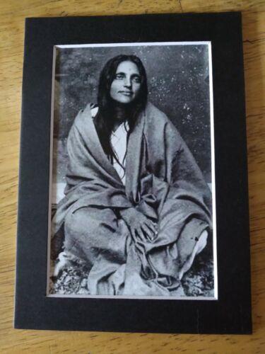 "4"" x 6"" PHOTO ANANDAMAYI MA SAINT GURU INDIA WITH 5"" x 7"" MAT & PLASTIC SLEEVE"