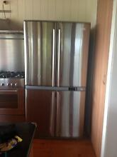 Electrolux Fridge Freezer Urgent Sale Currumbin Valley Gold Coast South Preview
