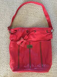 Billabong Purse, never used, great condition!