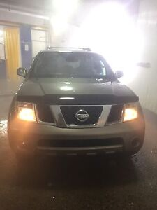 2005 Pathfinder LE 4X4 Fully Loaded!! 5300$ OBO
