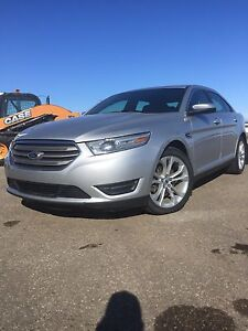 2013 Ford Taurus SEL AWD. PST paid! 54,000km!