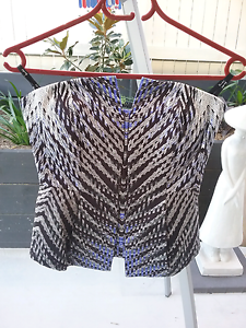 WARDROBE CLEAR OUT   BNWT  Bardot Blurred Lines Corset Heathwood Brisbane South West Preview