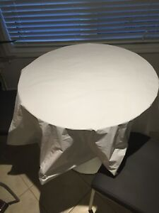 Disposable plastic table sheets