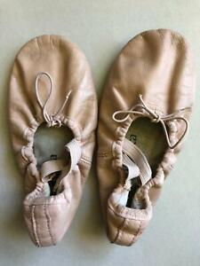 Girls Ballet Shoes Size 11.5 Heathcote Sutherland Area Preview