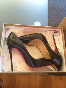 Christian louboutin so Kate patent 39.5 Mount Waverley Monash Area Preview