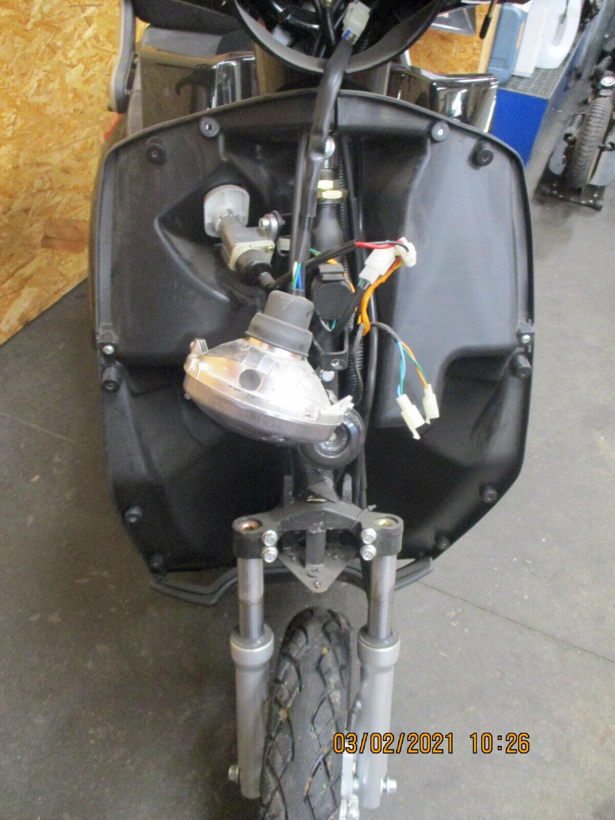 Elektroroller LuXXon E3800 - Senioren E-Dreirad 800 Watt, max 20 km/h & 63 km