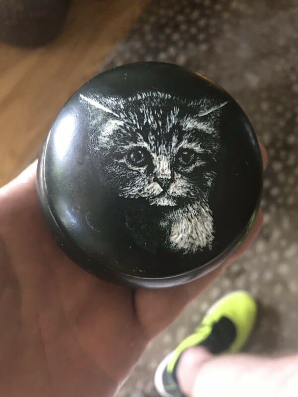 Art Pottery CAT BOX by artist R.KAELIN hand etched Kitten Design