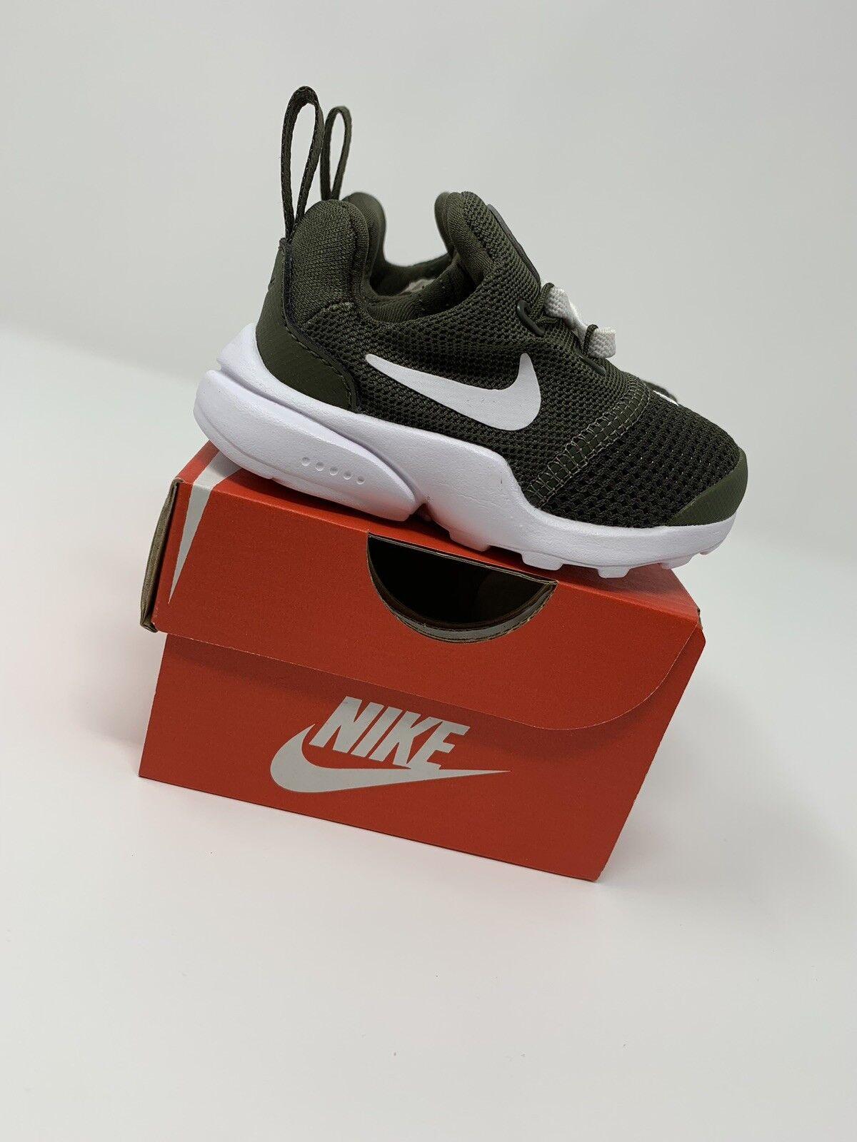 BABY BOYS: Nike Presto Fly Shoes, Green - Size 2C AJ0889-300