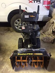 Mint condition Snowblower
