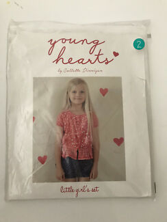 Bnip Girls Set Young Hearts by Colette Dinnegan