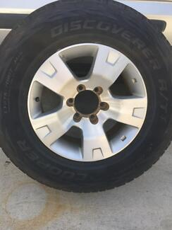 Nissan Patrol 17 inch alloy wheel